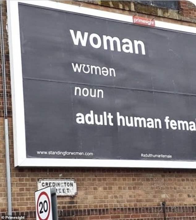 """Gran Bretagna, Lgbtq+ contro le donne: stop fondi pubblici alle case antiviolenza perché """"non includono"""" gli uomini"""