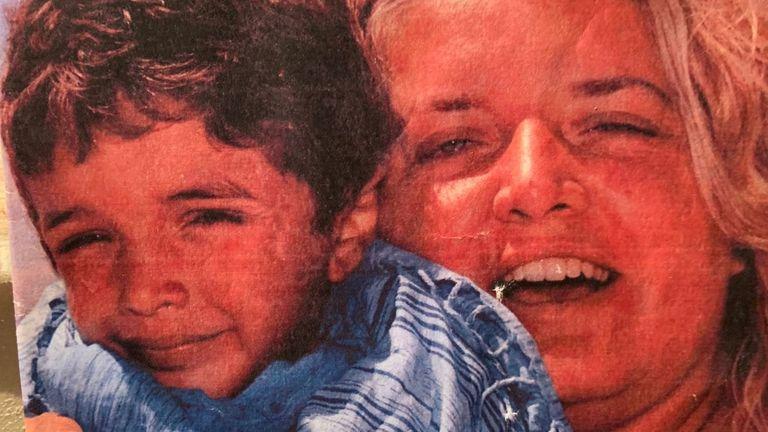"""Via la misandria dal ddl Zan: una mannaia per madri e bambini, un regalo per i padri abusanti<br /><span class='post-summary'>Parla Antonella Penati, madre di Federico ucciso dal padre durante un incontro """"protetto"""". Il tribunale e anche la Cedu non ritengono responsabili di omessa protezione gli assistenti sociali che dovevano tutelare il bambino. E ora, dopo la Pas, contro donne e bambini si preannuncia il pericolo """"misandria""""</span>"""