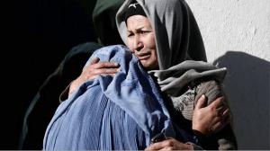 """Non lasciamole sole, non lasciamoci sole<br /><span class='post-summary'>La libertà femminile è stata il vessillo dei """"liberatori"""" ed è il primissimo bersaglio dei talebani che si sono ripresi l'Afghanistan. Uniamoci per chiedere ai nostri governi accoglienza e corridoi umanitari per donne e bambine. Non esiste un """"noi"""" e un """"loro"""". Paghiamo tutte il prezzo  delle imprese degli uomini stolti</span>"""